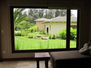 Pakakuna Gardens home