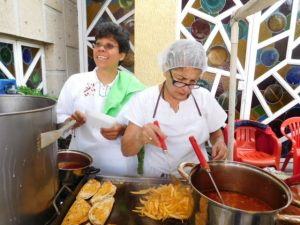 founder Dra Susana Lua Nava with volunteer nurse Rocio